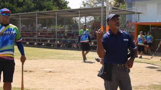 preview picture of video 'JUEGO DE SOFTBALL CLASE GRADUANDA DE ARROYO 88 VS 90 2014'