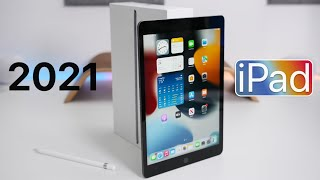 Apple iPad 10.2 (2021) - Unboxing, Comparison and First Look