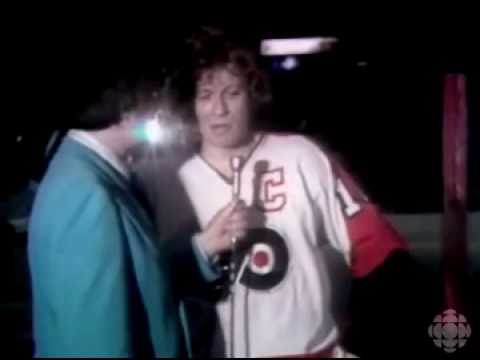 1976 Broad Street Bullies vs The Red Army Bobby Clarke Interview