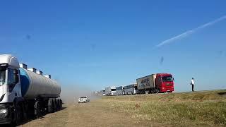 В жесткой аварии с фурой и микроавтобусом под Славянском-на-Кубани погибли люди.12.06.2018г