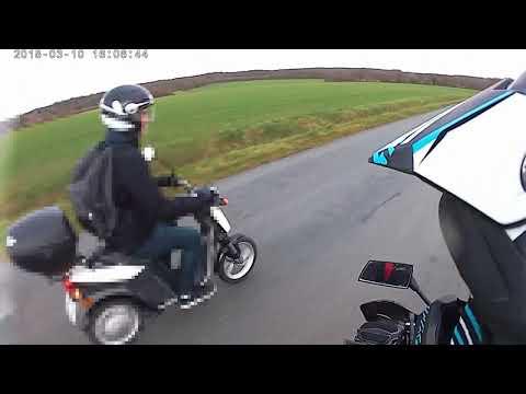 Test d'un scooter mbk électrique