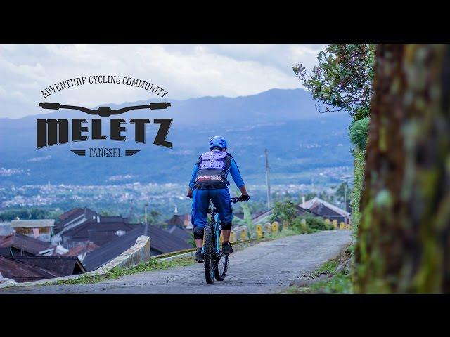 sportourism.id - Menikmati-Alam-di-Dieng-Dengan-Bersepeda-Gunung