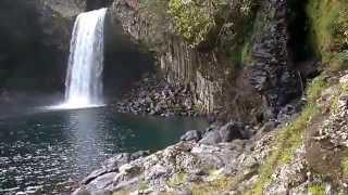 preview picture of video 'Bassin La Paix (Saint-Benoit)'
