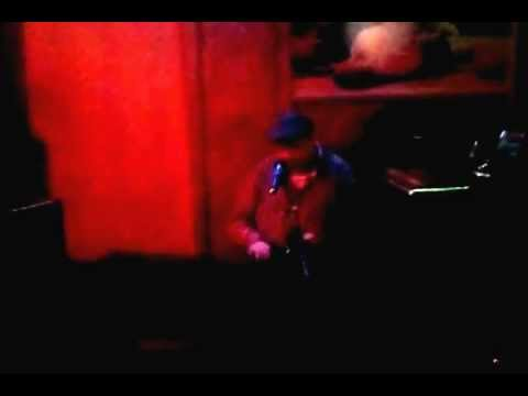 "Fabian Schreyer sings ""mustang sally"" (the committments) in berlin/kreuzberg"