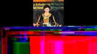 preview picture of video 'Kota Kinabalu's Unduk Ngadau 2012 (Part 1).wmv'
