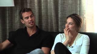 Divergent - Theo James & Shailene Woodley Interview (SDCC 2013)
