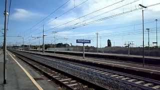 preview picture of video 'Il transito VELOCISSIMO del Pendolino a Campoleone!'