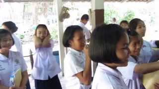 preview picture of video 'Volunteer Teaching in a Thai State Primary School - Lat Prao , Bangkok'