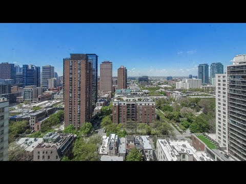 A River North / Gold Coast J-plan 1-bedroom at Chestnut Place