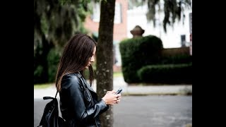 Are There Rules on Texting A Guy After Our 1st Date?