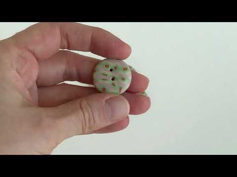 """23 mm - 6 vnt. Švelnaus ir žaismingo įspūdžio sagų rinkinys """"Vintažinis žaisliukas"""" (BT266)"""
