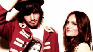 Angus & Julia Stone 'Walk It Off'
