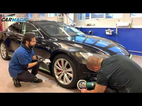 Velg mellom tre ulike poleringspakker til din bil med 1 års garanti hos Car Magic