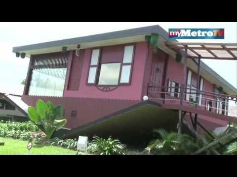 Video Rumah Terbalik