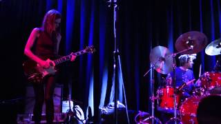 The Juliana Hatfield Three - A Dame With a Rod - Live in San Francisco