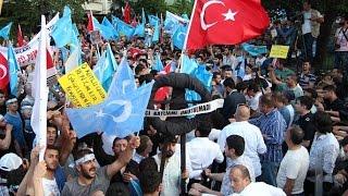 Турки протестуют против репрессий уйгуров в Китае (новости)
