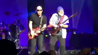 Big Bad Moon and Surfing Encore - Joe Satriani Live @ The Fox Theater Oakland, CA 2-28-16