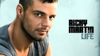 Daddy Yankee, Ricky Martin - Drop it on me