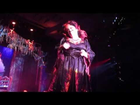 Witchie's Campaign No Mercy Love at First Fright Fright Fest 2016 Six Flags Great America 10-30-16