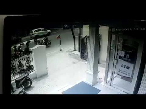 Pencurian sepeda motor punya karyawan  di area parkir bank BRI