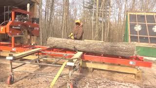 Woodmizer LT15 Wide Head Saw Mill - YouTube