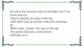 Judy Garland - Ten Pins in the Sky Lyrics