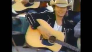 Dwight Yoakam And <b>Buck Owens</b> Streets Of Bakersfield