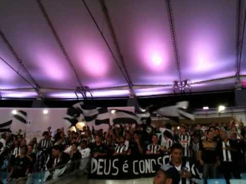"""Glorioso te Sigo - Loucos Pelo Botafogo - Bota x Criciuma"" Barra: Loucos pelo Botafogo • Club: Botafogo"