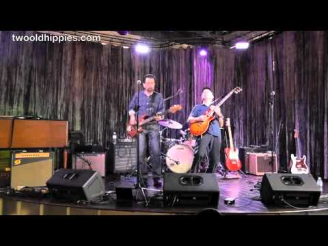 Live @ Two Old Hippies » Phil Keaggy & Glass Harp - Whatever Life Demands