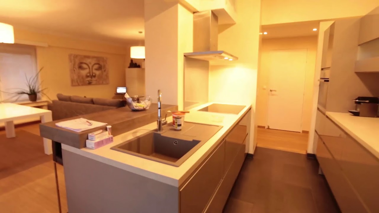 Double Bed in Rooms for rent in fashionable 2-bedroom apartment with balcony in Strombeek