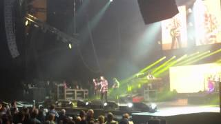 John fogerty montreal(Sweet Hitch Hiker) ( 2014 nov 12 )