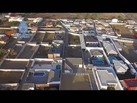 Viviendas ilegales de lujo en El Zabal