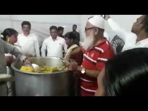 Khajamiya Patel Dr.babasaheb ambedkar mahaprinirvan dini mofat bhojan Dan kartana