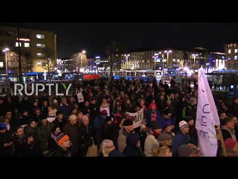 Sweden: Hundreds protest EU as leaders gather for social summit