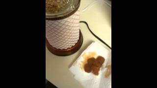 How to clean or exchange your Scentsy wax using cotton balls.