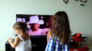 "Madison & Kyra love Alan Jackson's ""Long Way to Go"""