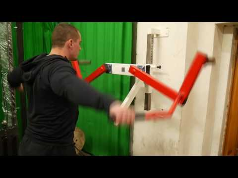 Lever Incline Shoulder Raise (plate loaded)