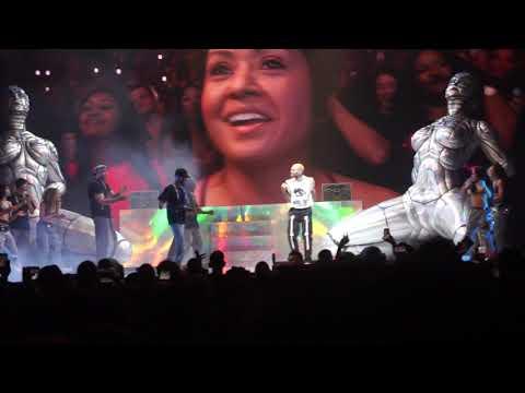 CHRIS BROWN Takes Fans Down MEMORY LANE @ Indigo Tour (Take You Down, With You, Kiss Kiss, Yo)