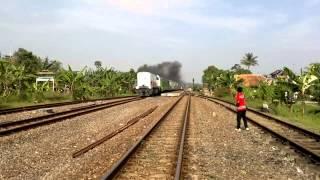 preview picture of video 'Argo Parahyangan (Fak) CC 203 09'