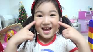 Boram Pretend Play with Color Brick Block House