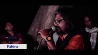 Live In Lakes: Bhojibo Tomar Ranga Choron By Fakira