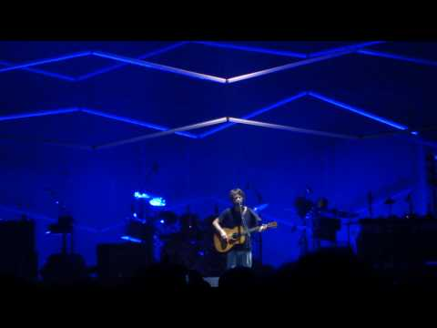Thom Yorke - All for the Best - Live Acoustic 4/6/10 [HD]