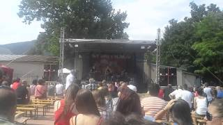 Video The Now - Nikdy niesi sám (live Kaštieľ Snina, Šariš - My sme Sn