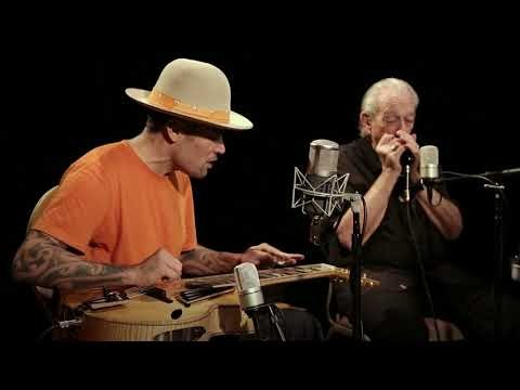 Love and Trust Live Version [Feat. Charlie Musselwhite]