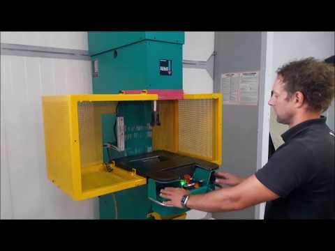 Presă hidraulică C cadru TOX PRESSOTECHNIK PC 015.091 2000