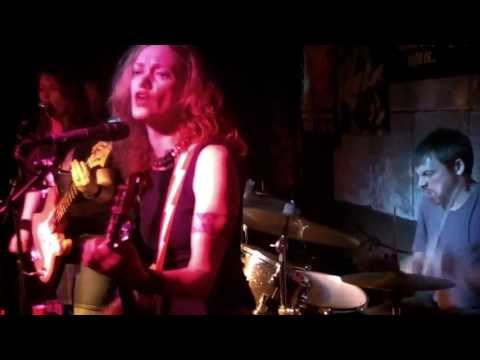 The Lickers - Vyvyan - Live at The Melody Inn (Indianapolis)
