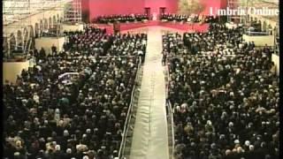 preview picture of video 'Papa Giovanni Paolo II in Assisi - 2002 - Giornata di Preghiera per la Pace fra i Popoli nel mondo'