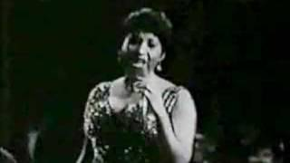 Aretha Franklin Singing Never Loved A Man (Live 1967)