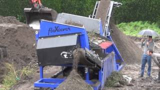 preview picture of video 'Mobiele zeefmachine FleXiever SKID - SMO bvba - Eeklo'