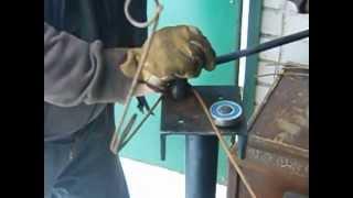 Приспособление для изготовления пружин на проходные капканы
